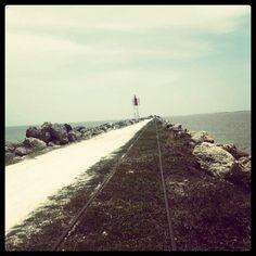 Bocas de ceniza - donde el mar caribe se une con el rio grande de la magdalena. Barranquilla - atlántico.