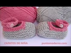 Knitting For Kids, Baby Knitting Patterns, Free Knitting, Knitted Booties, Knit Shoes, Baby Chucks, Crochet Baby, Knit Crochet, Baby Slippers