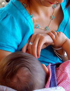 10 Simple Tips to Breastfeeding on a Road Trip