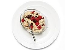 Simple 400 Calorie Meals: Chocolate Raspberry Oatmeal Easy Recipe, 400 Calorie Meals, Simple 400, Flats Belly Diet, 400 Calories Meals, Chocolates Raspberries, Raspberries Oatmeal, Oatmeal Recipe, Weights Loss