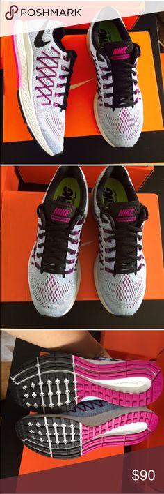 Nike WOMENS zoom Pegasus 32 fuchsia glow Sz 9.5 Nike WOMENS zoom Pegasus 32 fuchsia glow Sz 9.5 NEW Nike Shoes