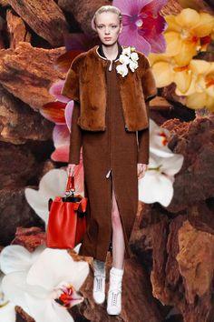 Fendi AW14 huntresses in fur MFW GIFs. More images here: http://www.dazeddigital.com/fashion/article/19006/1/mfw-aw14-gifs