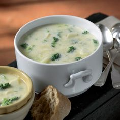 On a cold day, what could be better than a bowl of hot, rich broccoli-cheddar soup? How about having it cooked and waiting for you when you get home? With Cabots easy recipe for slow cooker broccoli-cheddar soup, you can prep it and then forget it until its time to fill up on this hearty, satisfying soup.