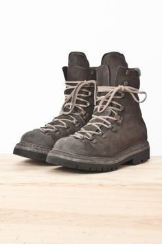 brand new ffc97 2f742 guidi - 20 lined modulated reverse bison leather hiking boot — re. porter  Leather Hiking