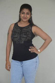 Telugu Girl Geethanjali Thasya at Ladies Not Allowed Movie Trailer - Tollywood Boost Indian Actress Hot Pics, South Indian Actress Hot, Indian Actresses, Beauty Full Girl, Beauty Women, Dehati Girl Photo, Desi Girl Image, Bollywood Girls, Tamil Girls