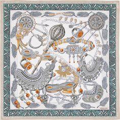 2015 FW| Zénobie, Reine de Palmyre | Carré en twill de soie 100% soie, roulotté à la main (90 x 90 cm) | Annie Faivre | Réf. : H002796S 16 Gris Perle | 335,00 €