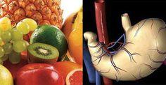 Tutti pensiamo che mangiare frutta significhi comprarla, sbucciarla, affettarla e portarla alla bocca. Ma non è così semplice e banale. È importante sapere come e quando mangiarla. Qual è dunque il modo corretto di consumare la frutta? La prima regola è di non mangiarla mai a fine pasto, ma sempre a stomaco vuoto. Se voi imparerete a mangiare tanta frutta, e a farlo nel modo corretto, essa giocherà un ruolo basilare nella detossificazione del vostro sistema corporale, e metterà a vostra…