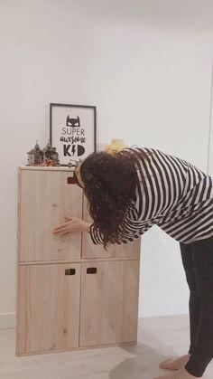 ladymajan on Instagram: ⭐️ DIY EXPRESS ⭐️ Hace tiempo que buscábamos un mueble para guardar todos los juegos de mesa que estaban repartidos por nuestra casa y… Instagram, Board Games, Strong, Crafts For Kids, Mesas, Furniture