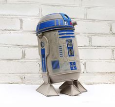 Carry the droid you're looking for with this adorkable R2-D2 purse from Krukrustudio on Etsy.
