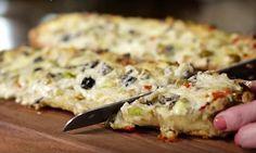 Vous ne ferez plus de PAIN à l'ail après avoir goûté à ce pain gratiné aux olives, FOU RAIDE!
