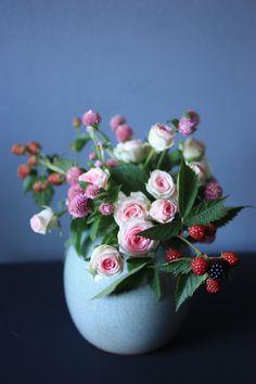 bouquet of mini roses, globe amaranth and black berries   Madame love