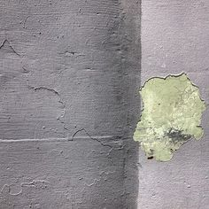 Found abstraction gray on gray with green #abstraction #foundabstraction #paint #overpaint #losangeles #wall (Taken with Instagram)