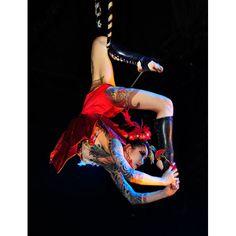 Yusura Circus  performance art photos.  Daniel Alvarado