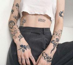 Rebellen Tattoo, Grunge Tattoo, Poke Tattoo, Tattoo Moon, Tattoo Fonts, Mini Tattoos, Body Art Tattoos, Small Tattoos, Sleeve Tattoos
