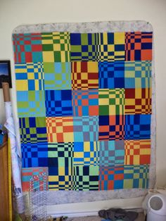 Kat & Cat Quilts: WIP Wednesday - love this block - fascinating!