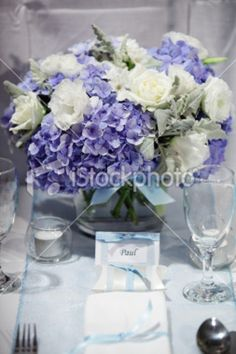 Ideal for DIY wedding centerpieces and candle holders for wedding table and party decor. Buy our wedding vases in bulk! Purple Hydrangea Centerpieces, Peonies Wedding Centerpieces, Purple Wedding Bouquets, Lilac Wedding, Wedding Arrangements, Hydrangea Flower, Floral Wedding, Floral Arrangements, Purple Hydrangeas