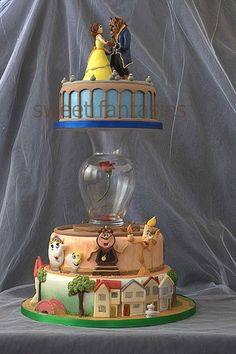 best cake i've ever seen. I absolutely love cake decorating and Beauty and the Beast! I am in LOVe with this cake! Fancy Cakes, Cute Cakes, Pretty Cakes, Beautiful Cakes, Amazing Cakes, Crazy Cakes, Beautiful Gorgeous, Beauty And The Beast Wedding Cake, Beauty And Beast Cake