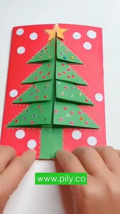 Christmas Crafts For Toddlers, Christmas Paper Crafts, Kids Christmas, Holiday Crafts, Kindergarten Christmas Crafts, Diy Christmas Cards Pop Up, Christmas Cards Handmade Kids, Santa Crafts, Paper Crafts For Kids