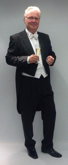 Der perfekte Begleiter für einen eleganten Auftritt. Elegant, Suits, Formal, Style, Fashion, Fashion Styles, Classy, Preppy, Swag