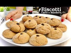 BISCOTTI AL CAFFÈ E MANDORLE 🍪 ☕️ Ricetta facilissima ☕️ COFFEE BISCUIT - YouTube Coffee Biscuits, Italian Cookies, Cannoli, Sweets, Chocolate Tarts, Desserts, Youtube, Food, Coffee Cookies