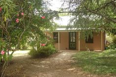 $174 for 2 nights https://www.airbnb.com.au/rooms/4918746?location=Beechworth%2C%20Victoria&adults=1&children=0&infants=0&check_in=2018-03-17&check_out=2018-03-19&s=3TI-laga