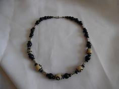 Collier homme noir et blanc, perles en verre,en bois et métal argenté. : Bijoux pour hommes par crea-039-martine