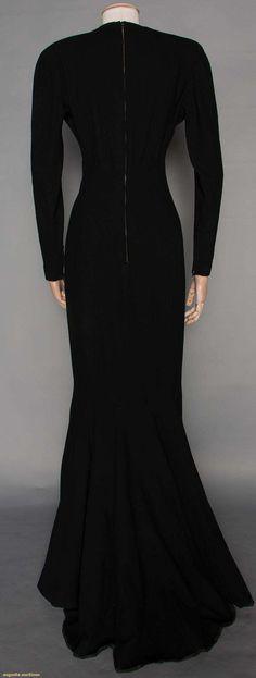 Evening Gown (image 3) | Pierre Balmain | France; Paris | 1948 | wool crepe | Augusta Auctions | November 12, 2014/Lot 307