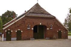Achtergevel boerderij aan de Weldammerstraat in Hengevelde met detail van het…