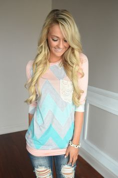 Peach Chevron Top – The Pulse Boutique