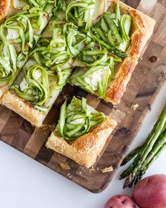 Mmmm… | A Tasty Potato Tart With Asparagus