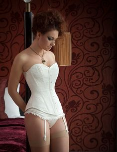 809406026b Valkyrie Corsets on Etsy - BESPOKE - Ivory floral brocade overbust Corset I  do like the