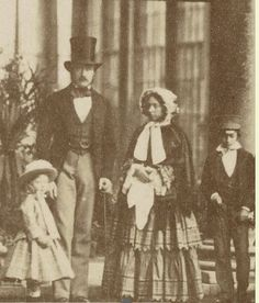 Queen Victoria and Prince Albert with Prince Edward and one of the Princesses, either Louise or Helena. This is quite an early photograph, perhaps late or Queen Victoria Family, Queen Victoria Prince Albert, Victoria Reign, Victoria And Albert, Royal Queen, King Queen, Reine Victoria, British Monarchy, Mode Masculine