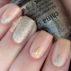 Nude Nails with gold glitter #melcisme