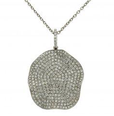 Pendant with diamonds pavé  White gold and brilliant cut diamonds, 1.48 cts. It includes a white gold chain.  3 cmx2 cm  6,5 gr