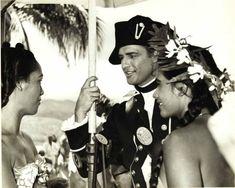 Marlon Brando, Julius Caesar 1953, Mutiny On The Bounty, Jean Simmons, Old Hollywood Stars, Guys And Dolls, Original Movie, American Actors, Flirting