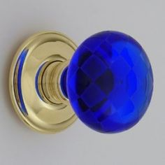 Would love door knobs like these!!!!!