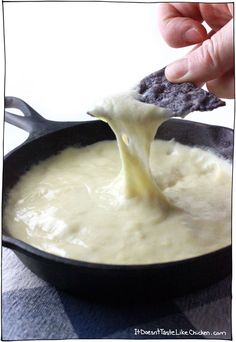 Melty Stretchy Gooey Vegan Mozzarella This dairy-free mozzarella recipe takes just 15 minutes to make and only 7 ingredients! Perfect for pizza, lasagna, grilled cheese, fondue, the uses are endless. Inspired by Vedged Out. Vegan Cheese Recipes, Vegan Sauces, Vegan Foods, Vegan Dishes, Dairy Free Recipes, Vegetarian Recipes, Cashew Cheese, Cashew Butter, Tapioca Cheese Recipe