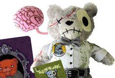 Apple Factory's Teddy Scares SDCC Exclusive! | Designer Vinyl Toys & Art Culture | Clutter Magazine