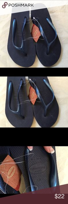Havaianas Wedge Flip Flops - NWT - Navy - Size 6 This is a pair of brand new with tags Havaianas wedge flip flops.  Navy.  They are marked US 6, Brazil 38 & Eur 40.  I think they run a bit big for a 6 and would easily fit a 7 or even a 7 1/2.  I noticed a little bit of white residue from the packaging, and there is a little bit of extra material in the backs of the shoes. Havaianas Shoes Sandals