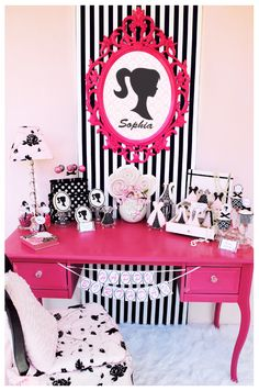 Barbie Theme Party, i need this in my room, for everyday not just a party! Barbie Room, Barbie Theme, Barbie Dolls, Pink Barbie, Barbie Style, Barbie Birthday Party, Girl Birthday, Birthday Parties, Happy Birthday