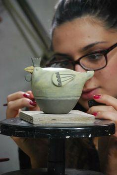 arghilla l & # arte delle terre / Clay Birds, Ceramic Birds, Ceramic Animals, Clay Animals, Ceramic Clay, Clay Art Projects, Ceramics Projects, Clay Crafts, Hand Built Pottery
