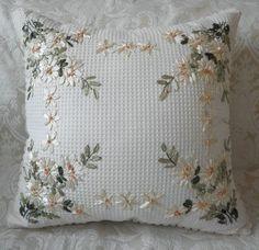 Výsledok vyhľadávania obrázkov pre dopyt ribbon embroidery pillow