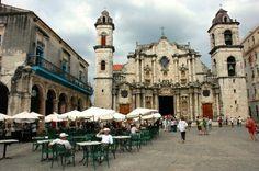 Iberostar Parque Central: Plaza de la Catedral