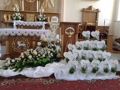 Table Decorations, Furniture, Home Decor, First Holy Communion, Decoration Home, Room Decor, Home Furnishings, Home Interior Design, Dinner Table Decorations