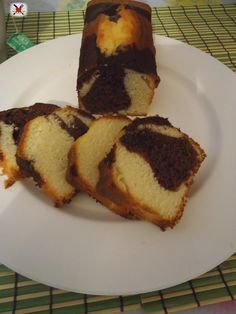 Plumcake marmorizzato cioccolato e banana Plum Cake, Torte Cake, Cornbread, French Toast, Cheesecake, Muffin, Cakes, Breakfast, Ethnic Recipes