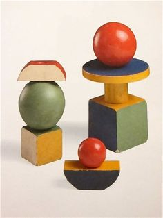 Bauhaus painted wooden shape toys, Germany, 1923, by Alma Siedhoff Buscher.