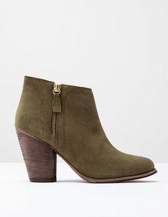 Stiefel mit flacher Sohle und Reißverschluss AZ233 Schuhe und Stiefel bei Boden