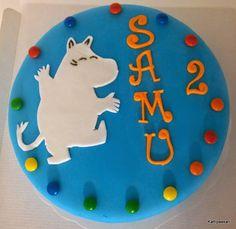 Kattipaakari: Muumikakku Birthday Cake, Kids Rugs, Baking, Desserts, Food, Tailgate Desserts, Deserts, Kid Friendly Rugs, Birthday Cakes
