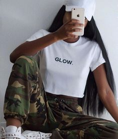 WEBSTA @tigermist TMBABE @withlovefleur is glowing //wearing the 'Chaser' camo pant