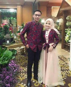 sarimbit Dress Muslim Modern, Muslim Gown, Kebaya Modern Dress, Kebaya Hijab, Batik Kebaya, Kebaya Dress, Kebaya Brokat, Kebaya Muslim, Gaun Dress
